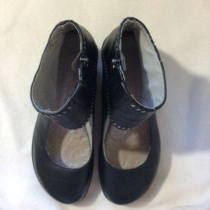 Jambu Shoes - Jambu Dinosaur Black Ankle Leather Shoes